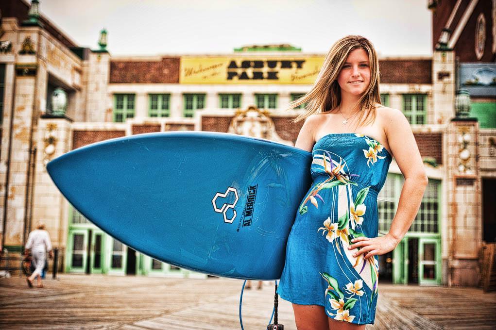 family-portrait-beach-boardwalk